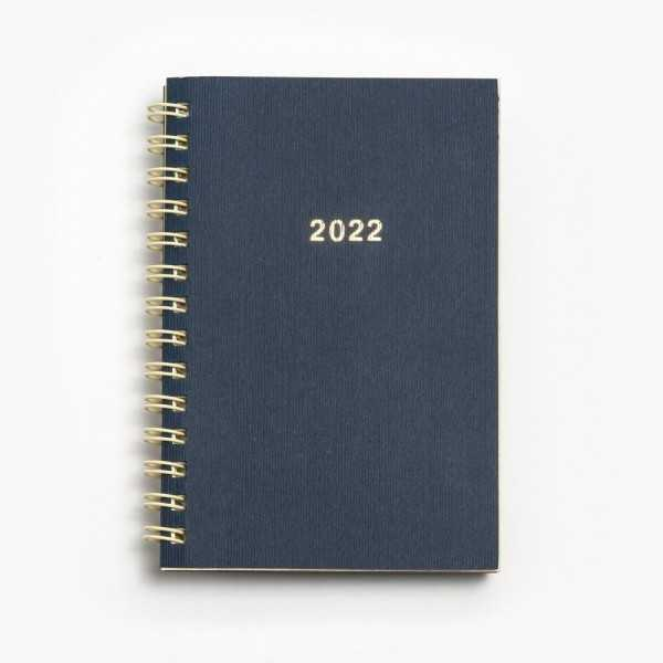 Tvådelad fickkalender 2022 - spiralbunden - äkta skinn - en exklusiv fickalmanacka